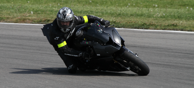 bresse le 25 avril 2011 lundi de paques forum moto run 100 motards m canique equipement. Black Bedroom Furniture Sets. Home Design Ideas