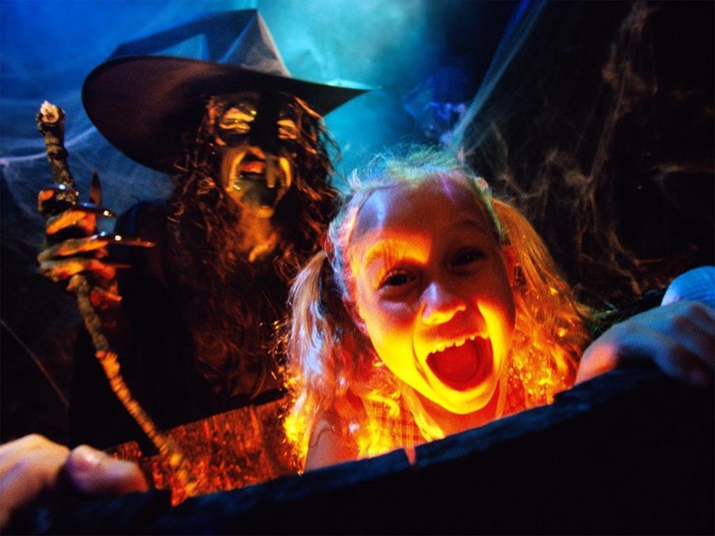dans fond ecran halloween halloween-08fond-d-ecran-2197063